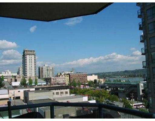 "Photo 3: 702 838 AGNES ST in New Westminster: Downtown NW Condo for sale in ""WESTMINSTER TOWER"" : MLS® # V553503"