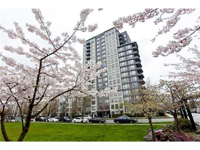 "Main Photo: 613 3520 CROWLEY Drive in Vancouver: Collingwood VE Condo for sale in ""The Millenio"" (Vancouver East)  : MLS®# V942848"