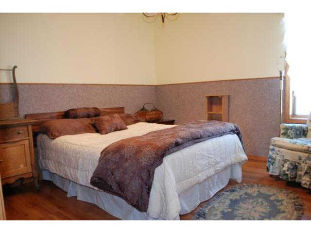 Photo 8: 402 Fraser Street in SOMERSET: Manitoba Other Residential for sale : MLS(r) # 1219503