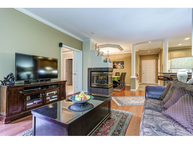 Photo 6: 313 3280 PLATEAU BOULEVARD in Coquitlam: Westwood Plateau Condo for sale : MLS(r) # R2027215