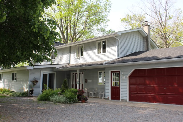 Main Photo: 8030 Woodvale School Rd in Campbellcroft: Residential Detached for sale : MLS(r) # 510520604
