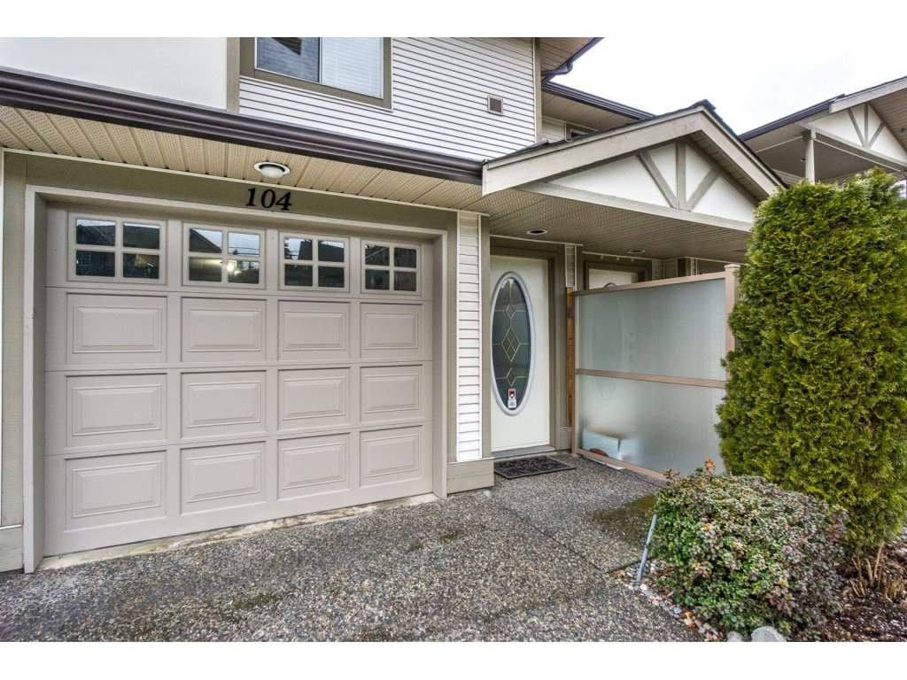 Photo 2: 104 20391 96 AVENUE in Langley: Walnut Grove Townhouse for sale : MLS® # R2135431