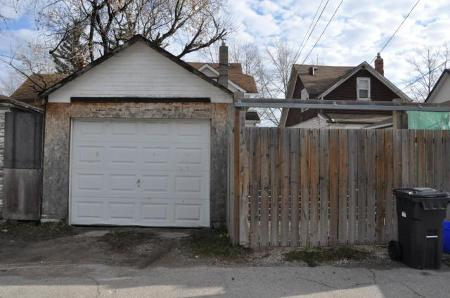 Photo 10: 880 BANNING in Winnipeg: Residential for sale (Canada)  : MLS(r) # 1022230