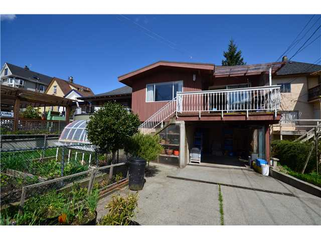 Photo 10: 856 E 14TH Avenue in Vancouver: Mount Pleasant VE House for sale (Vancouver East)  : MLS® # V945359