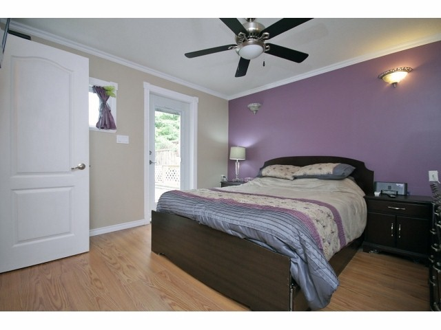 Photo 10: 26549 32ND AV in Langley: Aldergrove Langley House for sale : MLS(r) # F1413201