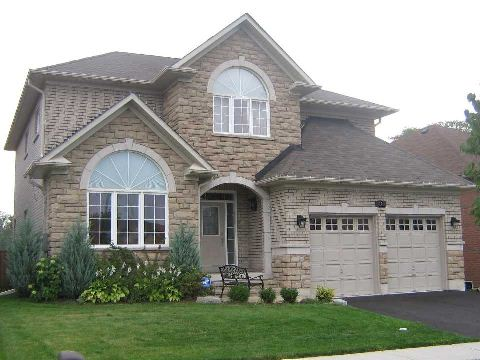 Main Photo: 14 Don Morris Court in Clarington: Bowmanville House (2-Storey) for lease : MLS® # E2997502