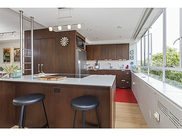 Photo 13: # 425 1445 MARPOLE AV in Vancouver: Fairview VW Condo for sale (Vancouver West)  : MLS® # V1136425