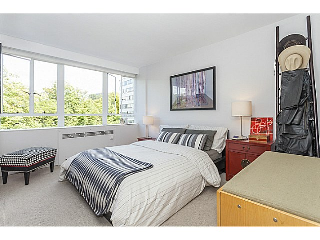 Photo 16: # 425 1445 MARPOLE AV in Vancouver: Fairview VW Condo for sale (Vancouver West)  : MLS® # V1136425