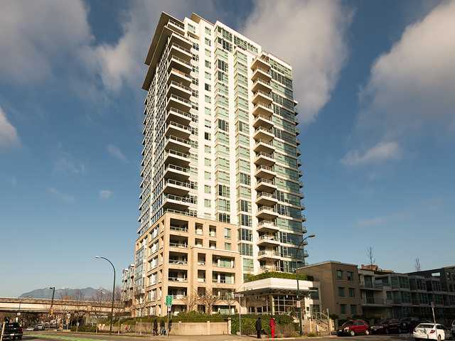 Main Photo: 112 125 Milross Street in Vancouver: Condo for sale (Vancouver East)  : MLS® # V1042671