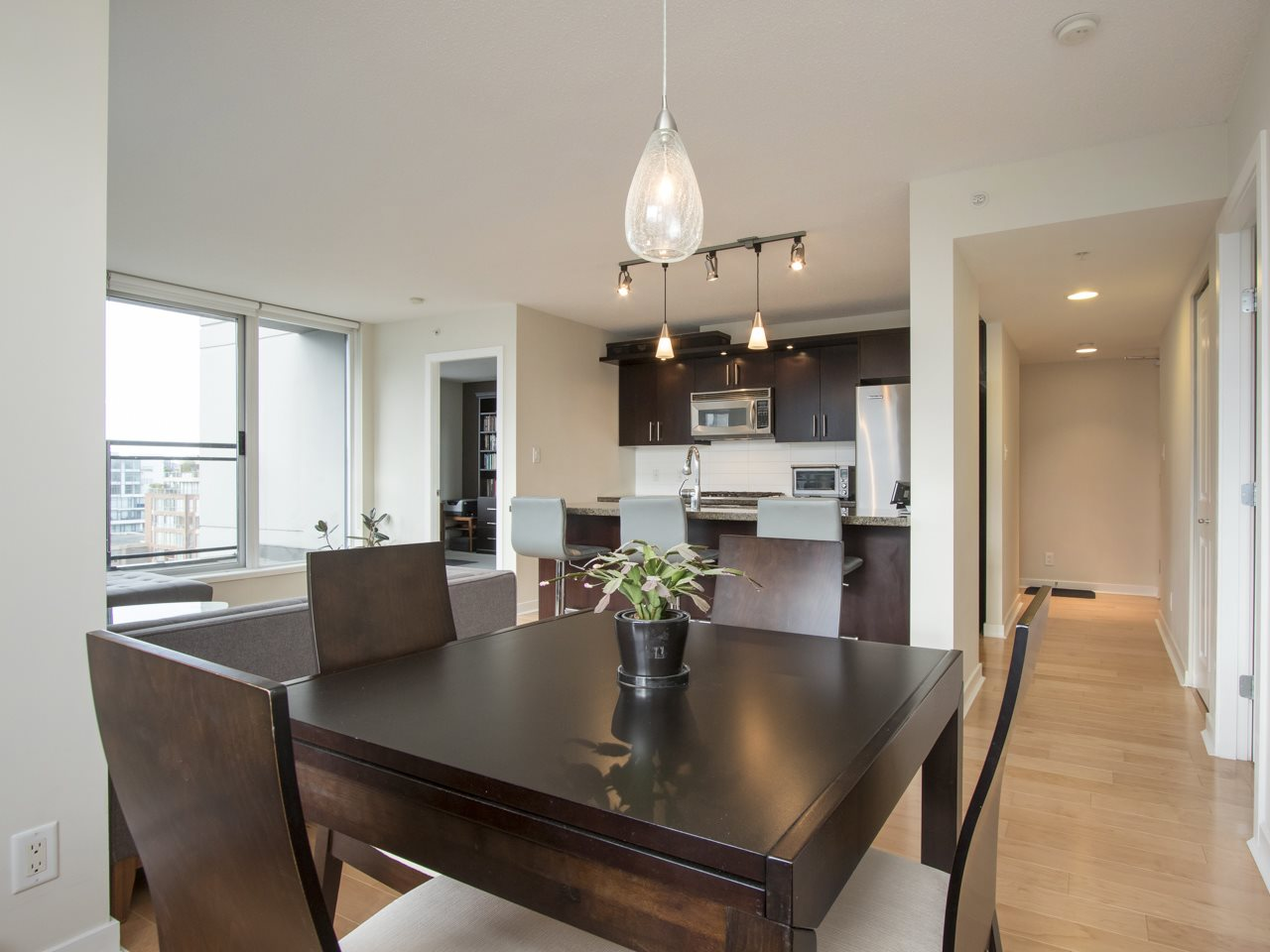 Photo 10: 1002 1650 W 7TH AVENUE in Vancouver: Fairview VW Condo for sale (Vancouver West)  : MLS® # R2022214