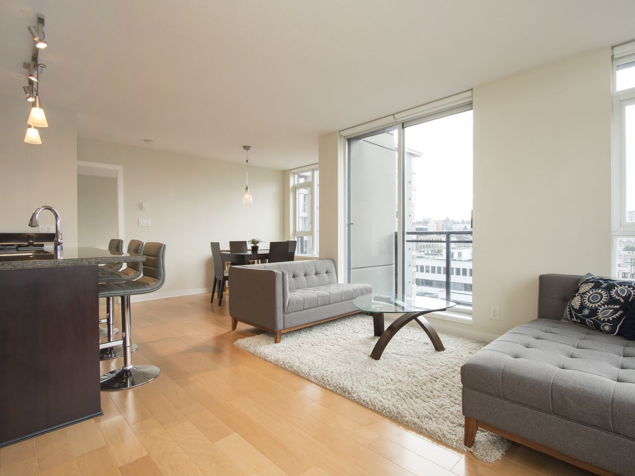 Photo 3: 1002 1650 W 7TH AVENUE in Vancouver: Fairview VW Condo for sale (Vancouver West)  : MLS® # R2022214