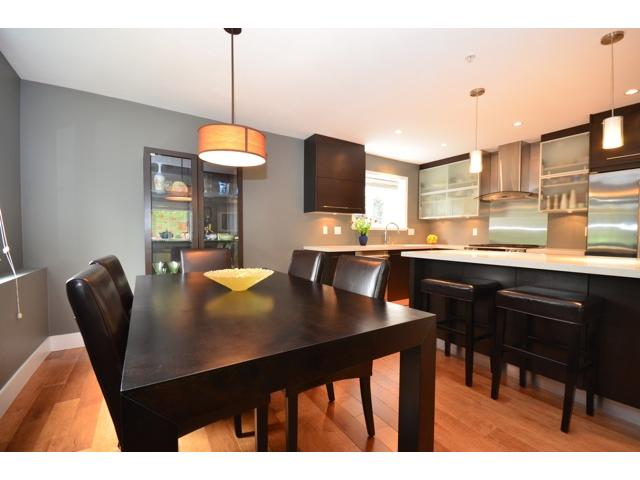Photo 2: 2089 BAYSWATER Street in Vancouver: Kitsilano Townhouse for sale (Vancouver West)  : MLS(r) # V946811