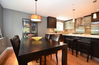 Main Photo: 2089 BAYSWATER Street in Vancouver: Kitsilano Townhouse for sale (Vancouver West)  : MLS®# V946811