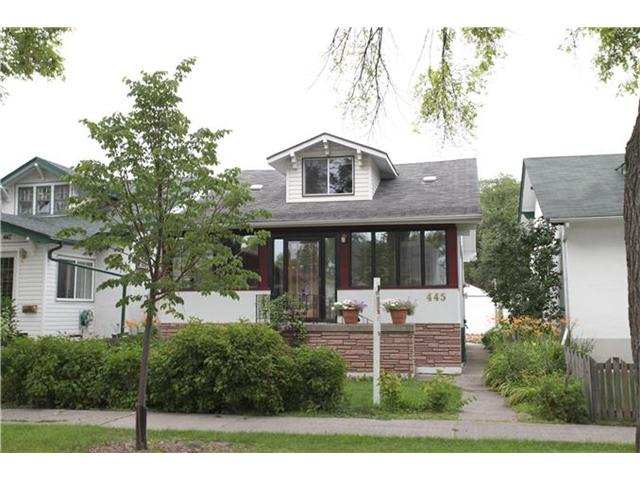 Main Photo: 445 Machray Avenue in WINNIPEG: North End Residential for sale (North West Winnipeg)  : MLS® # 1214923
