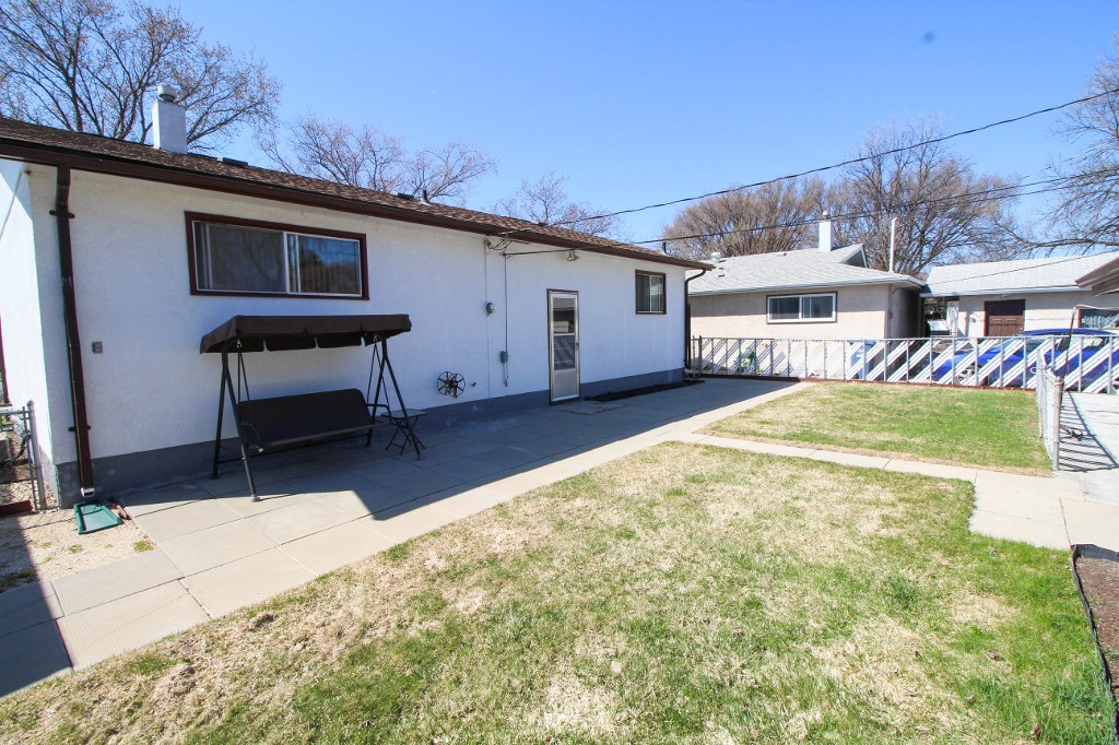 Photo 21: Best Deal In Transcona, Only $229,900