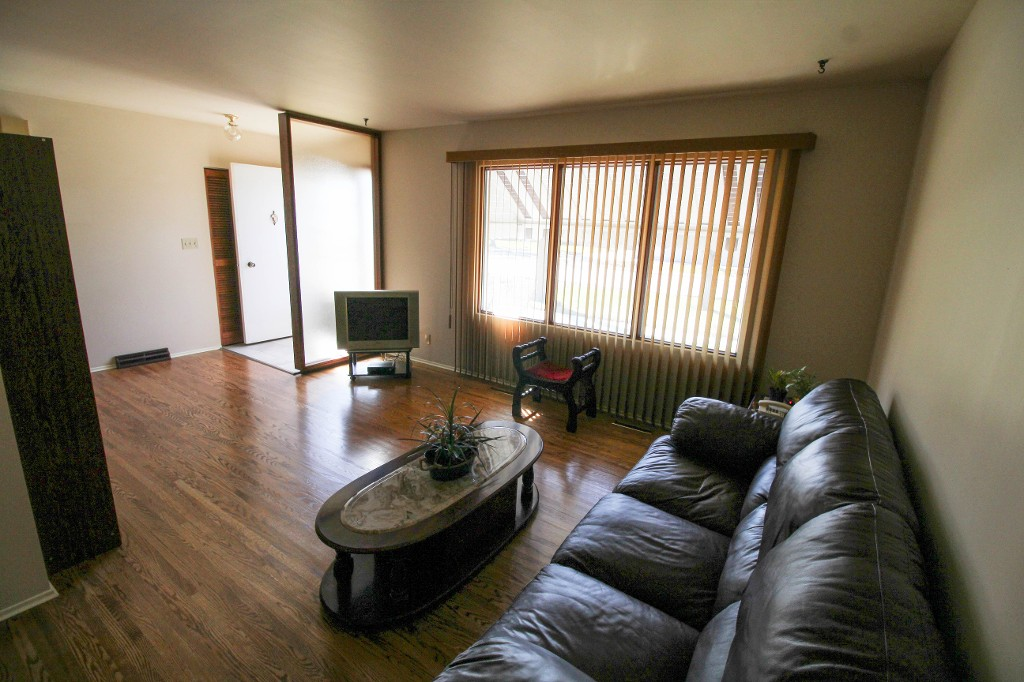Photo 7: Best Deal In Transcona, Only $229,900