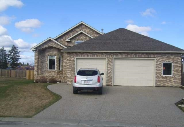 Main Photo: 46 Cedar Heights in Whitecourt: House for sale : MLS(r) # 43276