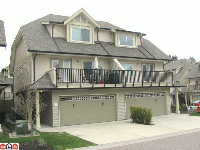 "Main Photo: 20 8358 121A Street in Surrey: Queen Mary Park Surrey Townhouse for sale in ""KENNEDY TRAIL"" : MLS®# F1206595"