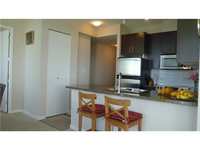 "Photo 4: 1206 4250 DAWSON Street in Burnaby: Brentwood Park Condo for sale in ""OMA 2"" (Burnaby North)  : MLS(r) # V952617"