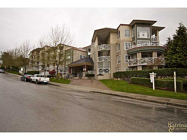 Photo 2: 619 528 ROCHESTER Avenue in Coquitlam: Coquitlam West Condo for sale : MLS(r) # V977674