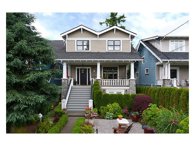 Main Photo: 3461 W 7TH AV in Vancouver: Kitsilano House 1/2 Duplex for sale (Vancouver West)  : MLS® # V1008132