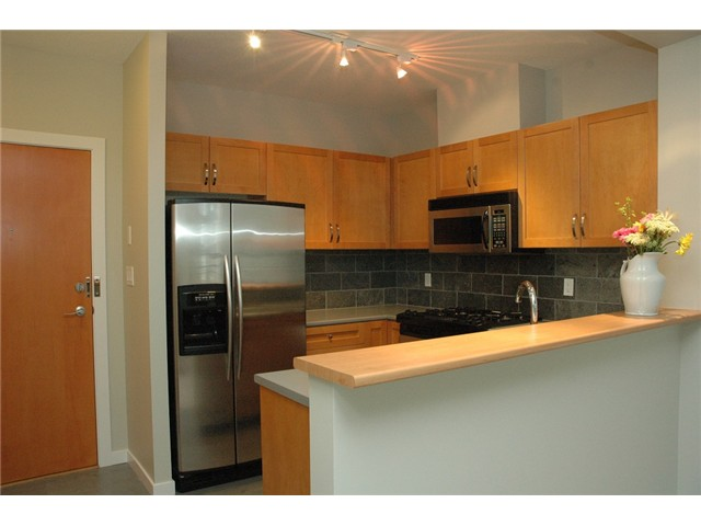 Photo 6: # 313 2263 REDBUD LN in Vancouver: Kitsilano Condo for sale (Vancouver West)  : MLS(r) # V1026120