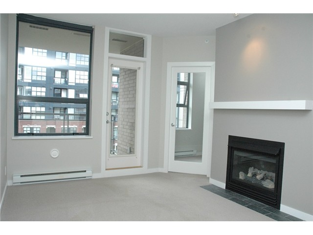 Photo 9: # 313 2263 REDBUD LN in Vancouver: Kitsilano Condo for sale (Vancouver West)  : MLS(r) # V1026120