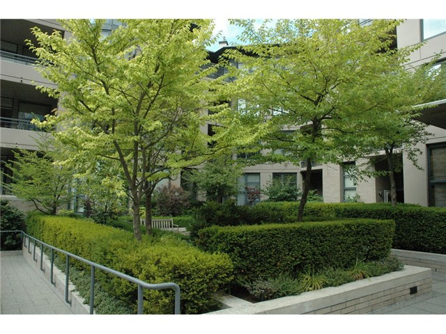 Photo 13: # 313 2263 REDBUD LN in Vancouver: Kitsilano Condo for sale (Vancouver West)  : MLS(r) # V1026120