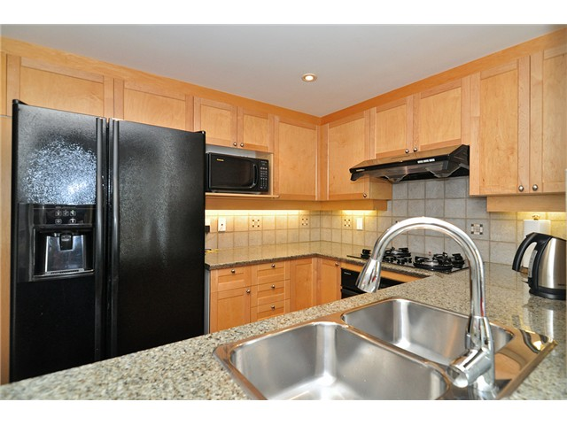 Photo 8: # 512 1383 MARINASIDE CR in Vancouver: Yaletown Condo for sale (Vancouver West)  : MLS® # V1028722