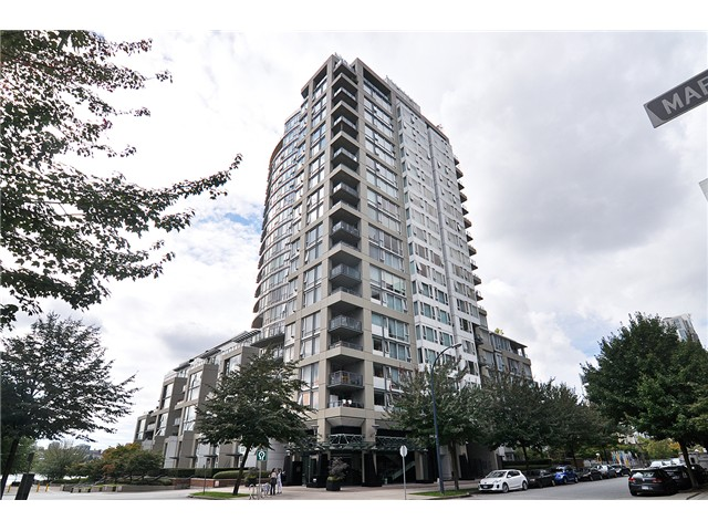 Photo 2: # 512 1383 MARINASIDE CR in Vancouver: Yaletown Condo for sale (Vancouver West)  : MLS® # V1028722