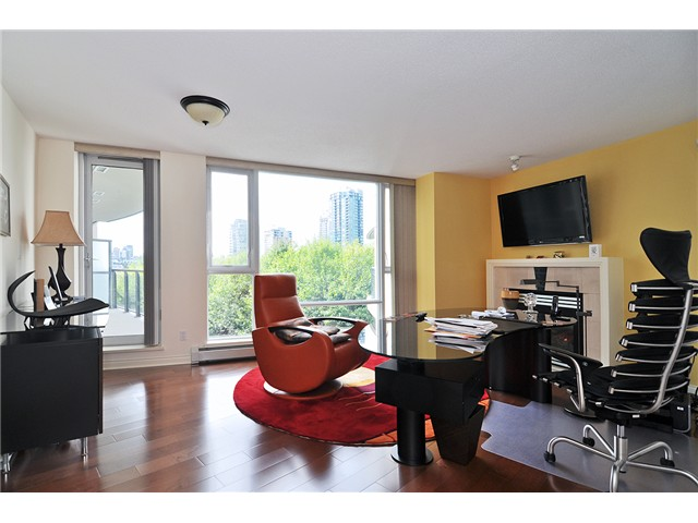 Photo 7: # 512 1383 MARINASIDE CR in Vancouver: Yaletown Condo for sale (Vancouver West)  : MLS® # V1028722