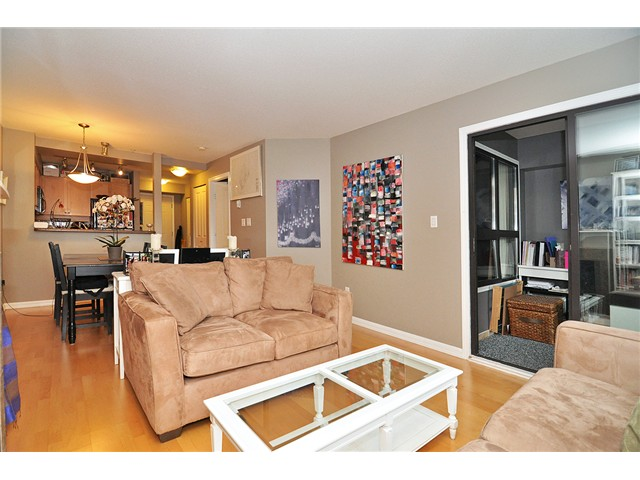 Photo 20: # 303 997 W 22ND AV in Vancouver: Cambie Condo for sale (Vancouver West)  : MLS® # V1033102