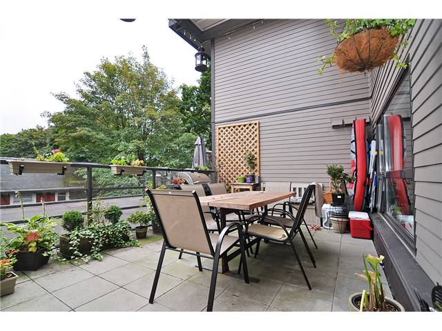 Main Photo: # 303 997 W 22ND AV in Vancouver: Cambie Condo for sale (Vancouver West)  : MLS® # V1033102