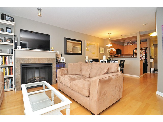 Photo 15: # 303 997 W 22ND AV in Vancouver: Cambie Condo for sale (Vancouver West)  : MLS® # V1033102