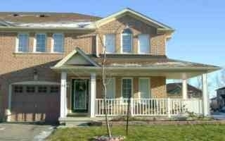 Main Photo: 13 Junction Crest in Brampton: Brampton North House (2-Storey) for lease : MLS(r) # W2967421