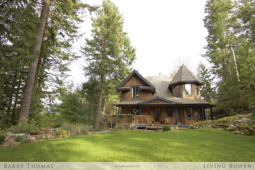 Main Photo: 1276 Oceanview Road in Bowen Island: Timber Groves House for sale : MLS® # V1108213