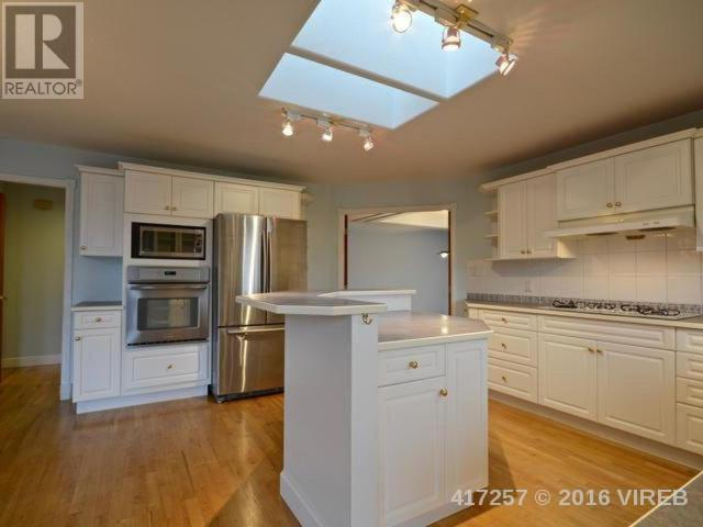 Photo 5: 5375 BAYSHORE DRIVE in NANAIMO: House for sale : MLS(r) # 417257