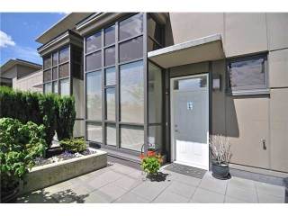 "Main Photo: TH14 4250 DAWSON Street in Burnaby: Brentwood Park Townhouse for sale in ""ONE MADISON AVENUE (OMA 2)"" (Burnaby North)  : MLS(r) # V960391"