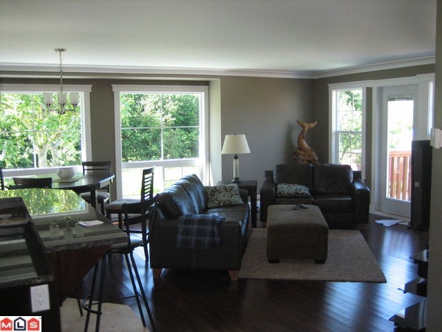 Photo 3: 4271 WILSON Road: Yarrow House for sale : MLS(r) # H1202852