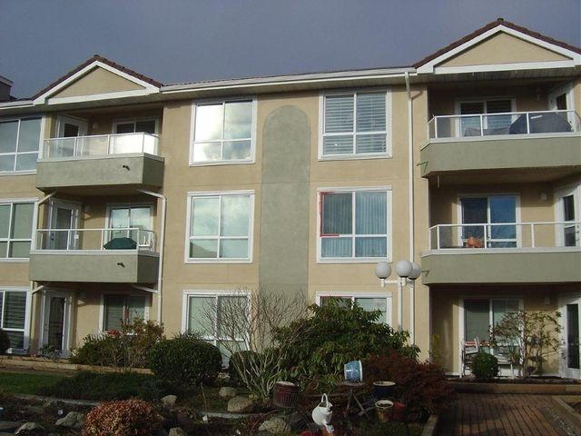 "Main Photo: 7 15875 MARINE Drive: White Rock Townhouse for sale in ""SOUTHPORT"" (South Surrey White Rock)  : MLS®# F1301543"