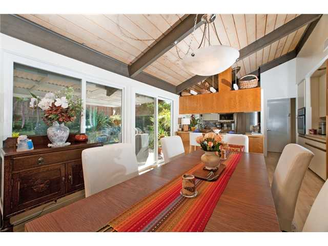 Photo 25: UNIVERSITY CITY House for sale : 3 bedrooms : 2951 Governor Drive in San Diego