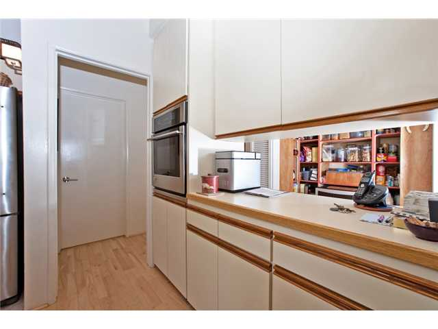 Photo 5: UNIVERSITY CITY House for sale : 3 bedrooms : 2951 Governor Drive in San Diego