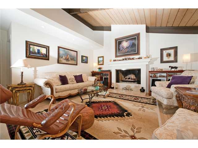 Photo 23: UNIVERSITY CITY House for sale : 3 bedrooms : 2951 Governor Drive in San Diego