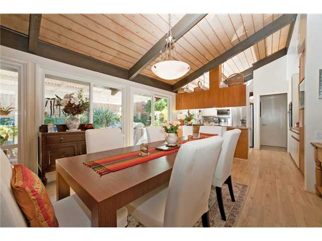 Photo 8: UNIVERSITY CITY House for sale : 3 bedrooms : 2951 Governor Drive in San Diego