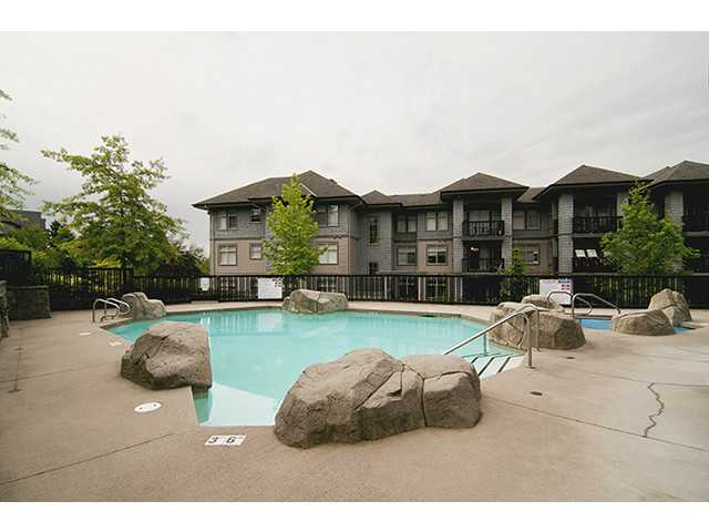 Photo 10: 111 3110 DAYANEE SPRINGS Boulevard in Coquitlam: Westwood Plateau Condo for sale : MLS® # V998476