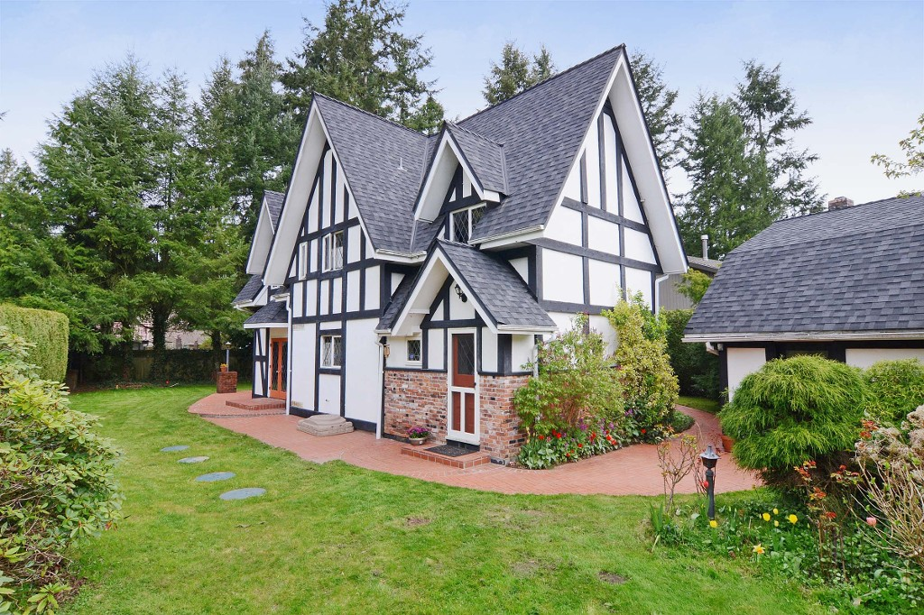 "Main Photo:  in Langley: Brookswood Langley House for sale in ""Brookswood"" : MLS® # F1308119"