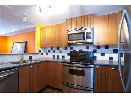 Photo 6: 7306 HAWTHORNE Terrace in Burnaby South: Highgate Home for sale ()  : MLS(r) # V944834