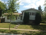 Main Photo: 20 Linwood Crescent in St. Albert: House for lease