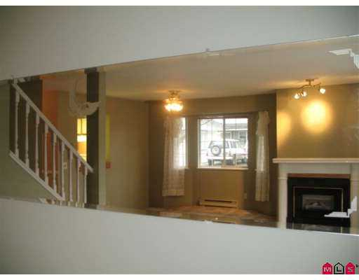 "Photo 8: 5360 201ST Street in Langley: Langley City Townhouse for sale in ""Garden Grove"" : MLS(r) # F2625710"