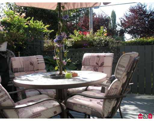 "Photo 10: 5360 201ST Street in Langley: Langley City Townhouse for sale in ""Garden Grove"" : MLS(r) # F2625710"